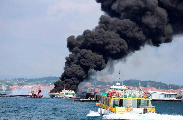 Δύο σοβαρά τραυματίες από φωτιά σε τουριστικό πλοίο στην Ισπανία | tovima.gr