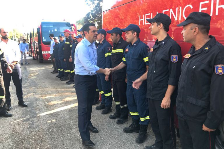 PM tweets on his visit to fire-ravaged Mati | tovima.gr