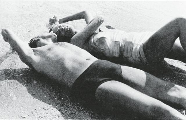 Κορίτσια (και αγόρια) στον ήλιο | tovima.gr