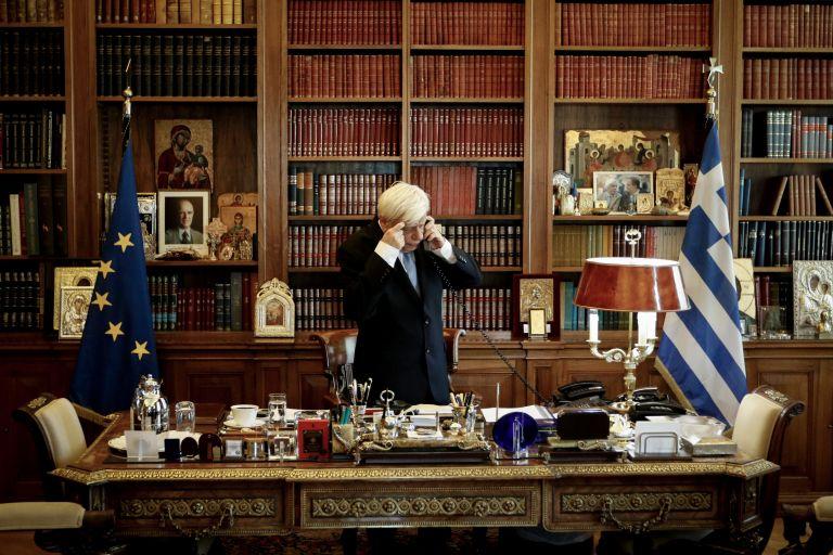 Παυλόπουλος: Δεν αποδόθηκαν τιμές κατά την επίσκεψή του στη Κεφαλλονιά | tovima.gr