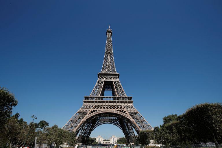 Γαλλία: «Καμάκι» με 750 ευρώ πρόστιμο | tovima.gr