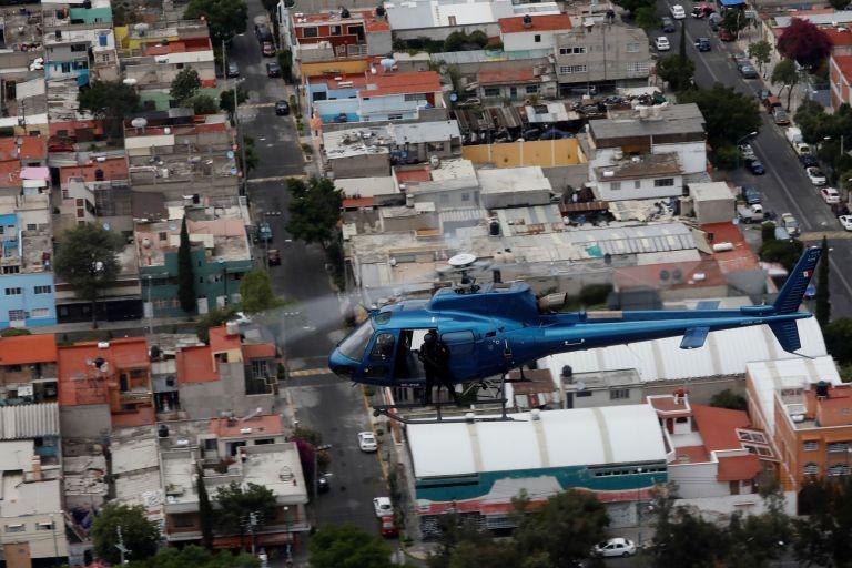 Μεξικό : Ομαδικοί τάφοι σε σπίτια και αυλές – Εντοπίστηκαν 22 πτώματα | tovima.gr