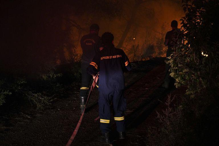 Εύβοια : Σε ύφεση η πυρκαγιά – «Δεν υπάρχει φλόγα, μόνο διάσπαρτες αναζωπυρώσεις» | tovima.gr