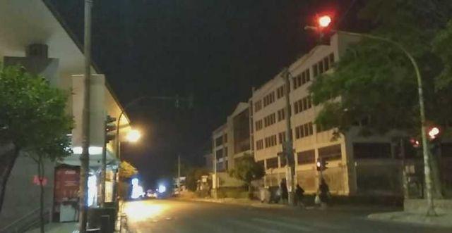 Επίθεση με μπογιές στη Διεύθυνση Πολεοδομίας στον Περισσό | tovima.gr