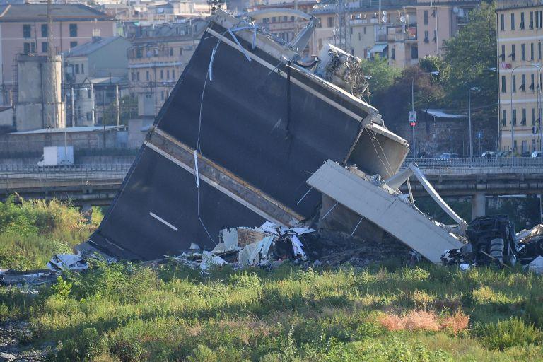 Γένοβα – κατάρρευση οδογέφυρας: 39 νεκροί – Μάχη με το χρόνο για τον εντοπισμό επιζώντων   tovima.gr