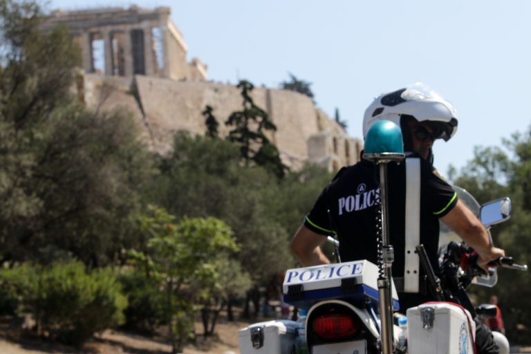 «Θετικές ενδείξεις» της ΕΛ.ΑΣ για τον φόνο του 25χρονου στου Φιλοπάππου | tovima.gr