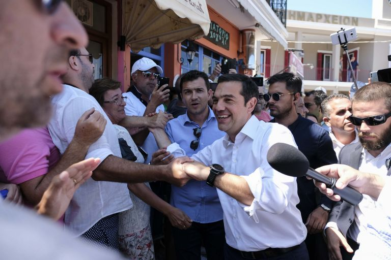 Tsipras hostage to strategy of hatred, polarisation | tovima.gr