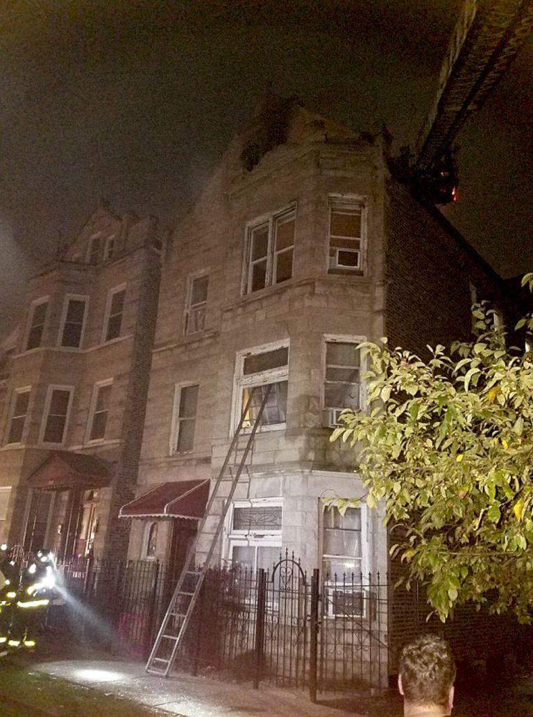 Φωτιά σε διαμέρισμα στο Σικάγο – 8 νεκροί, ανάμεσα τους 6 παιδιά | tovima.gr