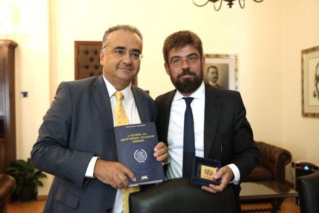 Αποσύρει το νομοσχέδιο Κοντονή ο Μ. Καλογήρου | tovima.gr