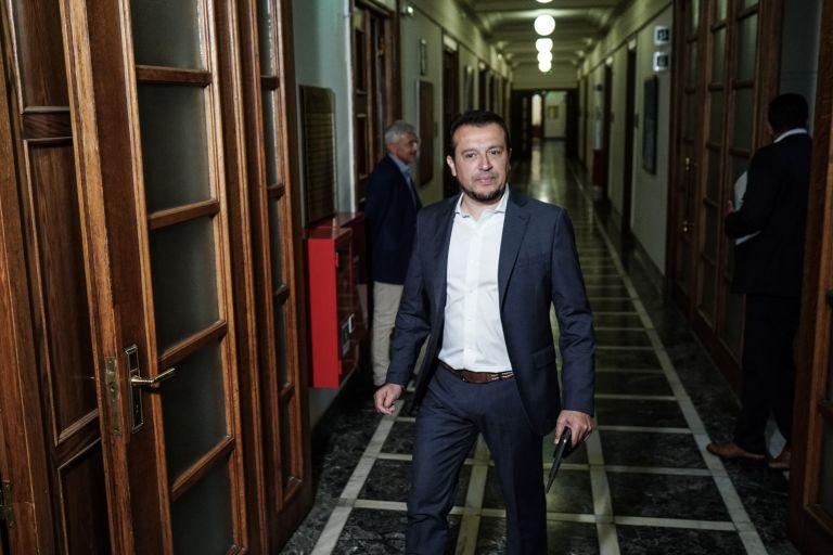 Παππάς: Μάθημα υπομονής, επιμονής και αντοχών για την κυβέρνηση η χορήγηση των τηλεοπτικών αδειών | tovima.gr