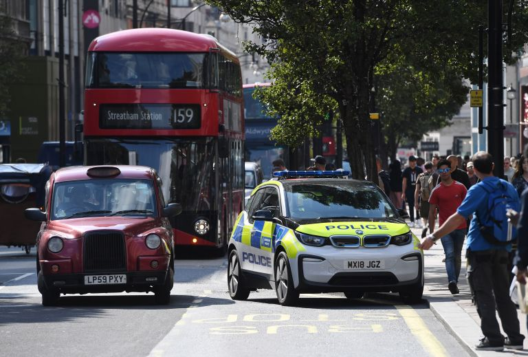 Τρεις άνδρες τραυματίστηκαν από επίθεση με «τοξική ουσία» στο Λονδίνο | tovima.gr