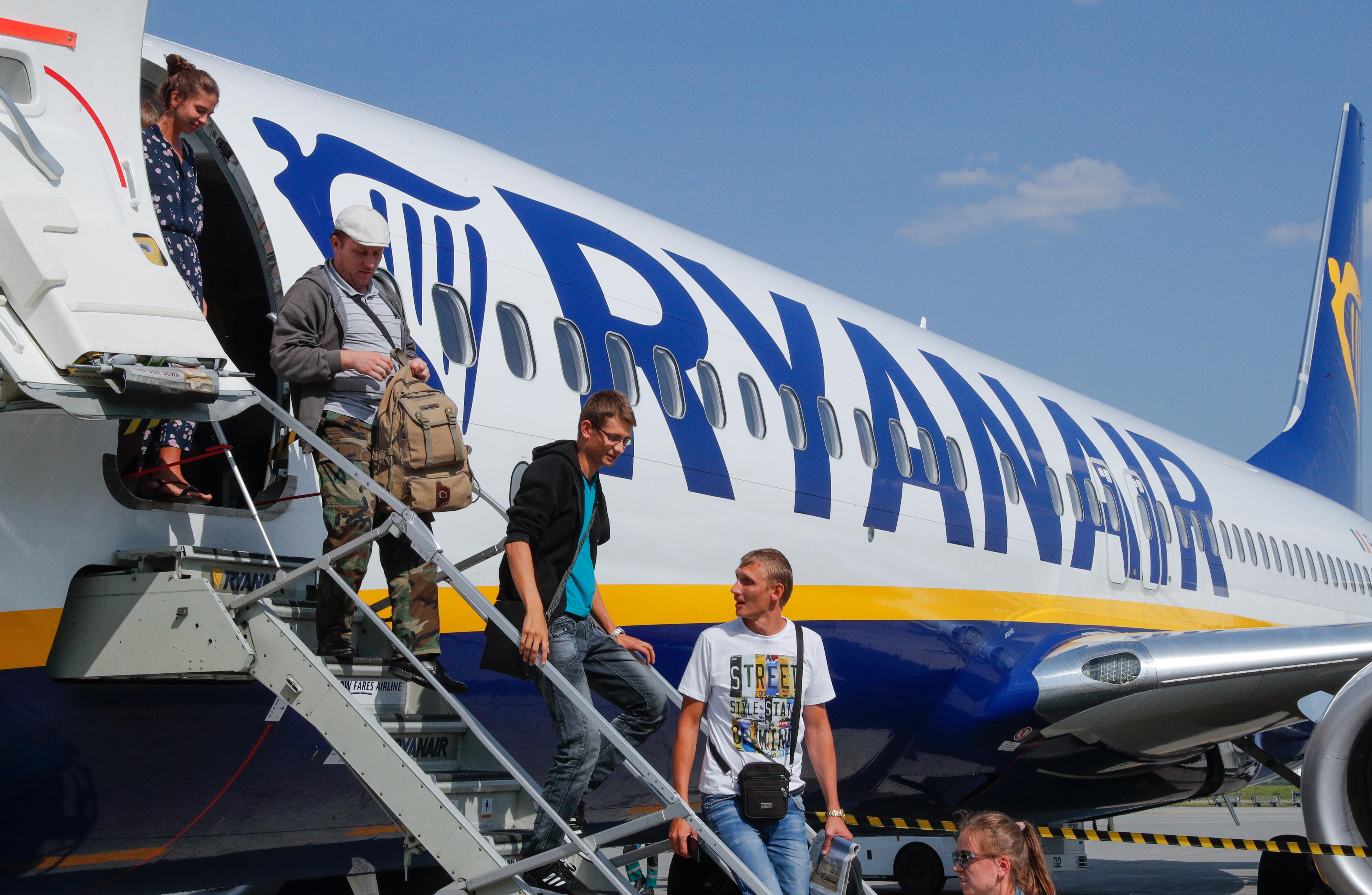 6449b3d4829 Στηριζόμενη στο επιχείρημα της εξάλειψης των καθυστερήσεων κατά την  επιβίβαση, που την οδήγησε να βάλει τέλος στη δωρεάν χειραποσκευή, η Ryanair  ανακοινώνει ...