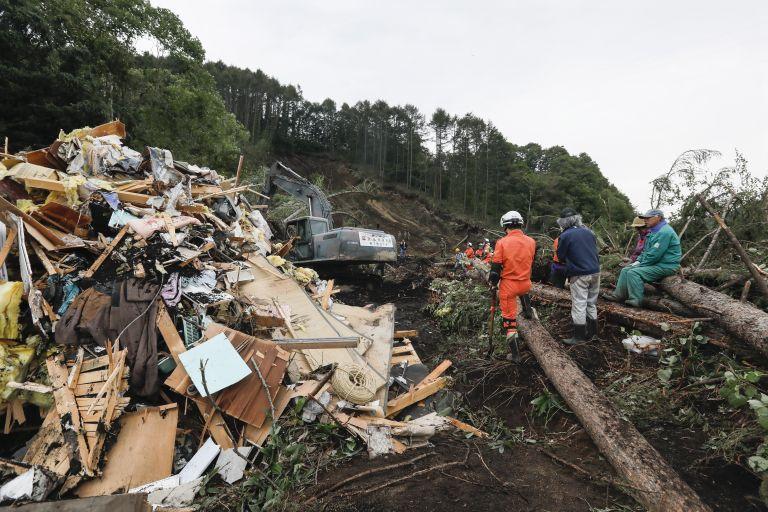 Ιαπωνία: Ανεβαίνει ο αριθμός των θυμάτων από το σεισμό – Εφτασαν τους 16 | tovima.gr
