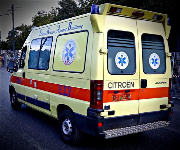 Δύο νεκροί σε τροχαίο με εγκατάλειψη στο κέντρο της Αθήνας | tovima.gr
