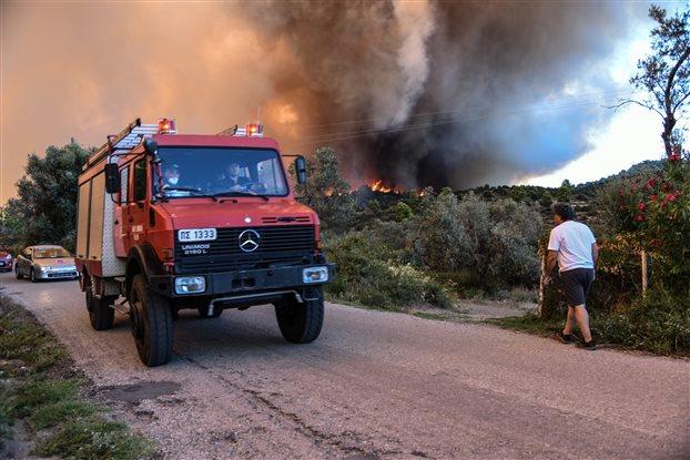 Σε ποιες Περιφέρειες είναι πολύ υψηλός ο κίνδυνος πυρκαγιάς την Τρίτη | tovima.gr
