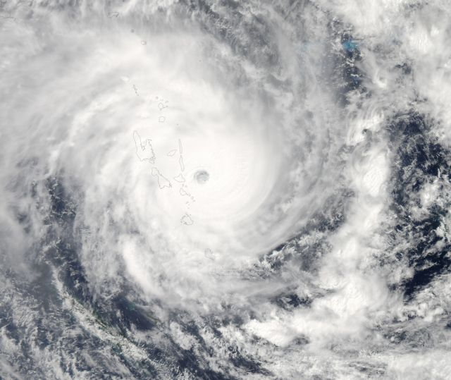 Ο κυκλώνας Φλόρενς πλησιάζει απειλητικός τις ανατολικές ΗΠΑ | tovima.gr