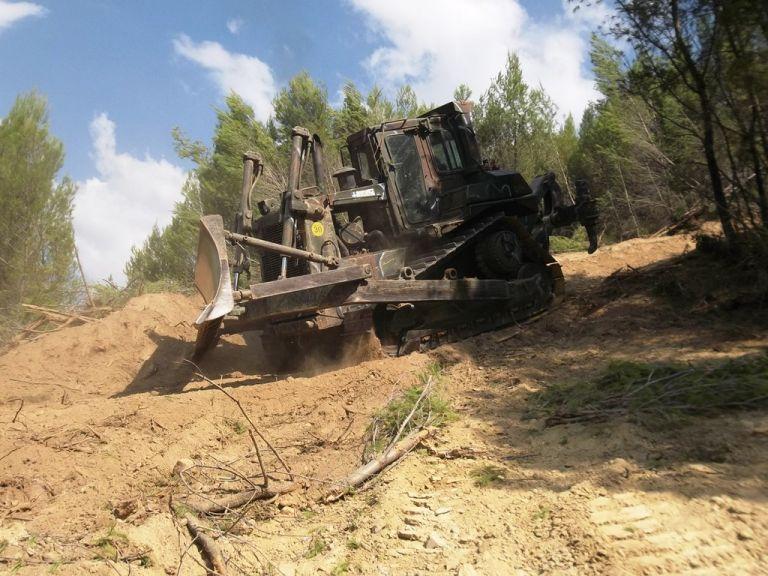 Ατύχημα με όχημα του Στρατού στον Ολυμπο | tovima.gr
