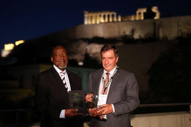 Στον Χοακίμ Τσισάνο, πρώην πρόεδρο της Μοζαμβίκης, το βραβείο Δημοκρατίας των Αθηνών | tovima.gr