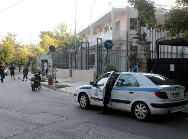 Τα κόμματα της αντιπολίτευσης κατηγορούν την κυβέρνηση για ανοχή στον Ρουβίκωνα | tovima.gr