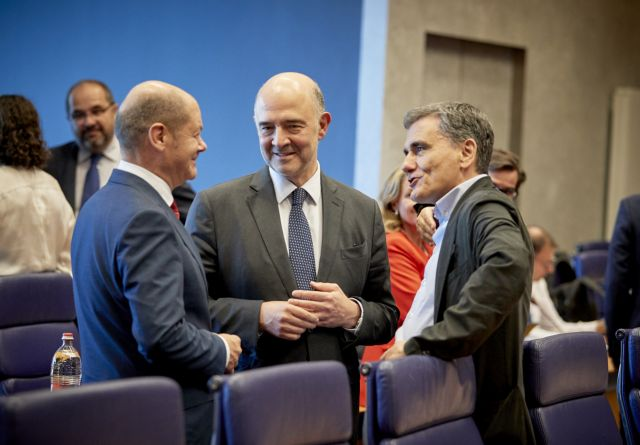 Tsakalotos seeks backing of German FinMin Scholz to avert pension cuts | tovima.gr