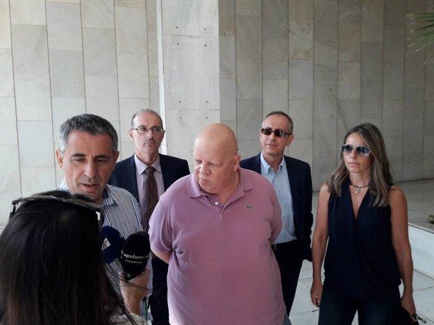Τις μηνύσεις κατά δημοσιογράφων καταδικάζει η αντιπολίτευση | tovima.gr