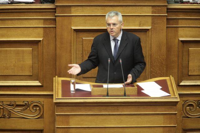 Χαρακόπουλος: Βέλη κατά του υπουργείου Προστασίας του Πολίτη | tovima.gr