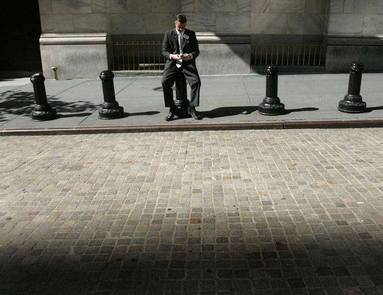 Γιατί «ξεπουλάνε» οι επενδυτές τις τραπεζικές μετοχές | tovima.gr