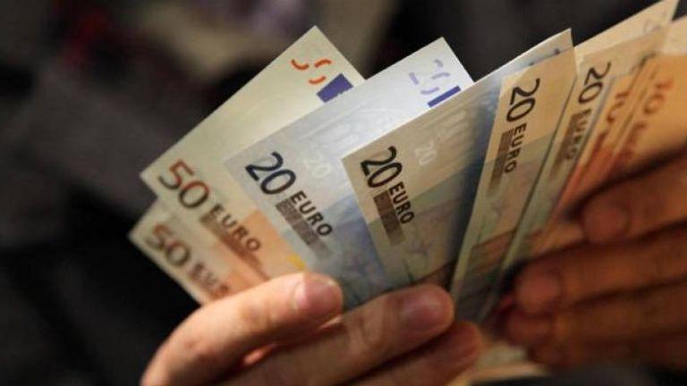 Με διπλή αύξηση στον κατώτατο μισθό θέλει να πάει στις εκλογές η κυβέρνηση | tovima.gr