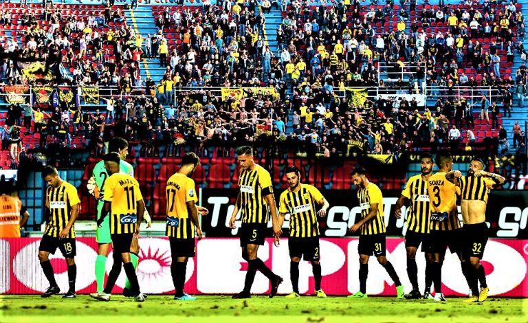Στήριξη από τον κόσμο του Αρη σε παίκτες και προπονητή   tovima.gr