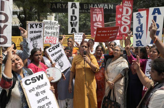 Ινδία: Επίθεση σε κορίτσια – 34 μεταφέρθηκαν σε νοσοκομεία   tovima.gr