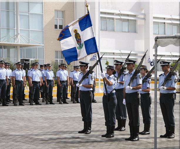 Η ΕΛ.ΑΣ… ξεφαντώνει: «Ποδοσφαιρικοί» πανηγυρισμοί και σκληρά σχόλια στις εκλογές των αξιωματικών της (video) | tovima.gr