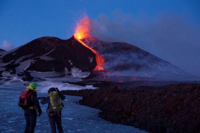 Το ηφαίστειο της Αίτνα «γλιστράει» προς τη θάλασσα του Ιονίου | tovima.gr