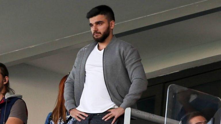 Σαββίδης σε οπαδό της ΑΕΚ: «Ο Αραούχο έφυγε γιατί δεν μπορούσατε να τον πληρώσετε» | tovima.gr