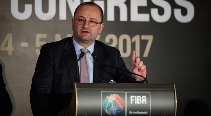 Πενθεί το μπάσκετ, «έφυγε» ο γ.γ. της FIBA   tovima.gr