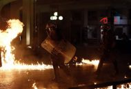 Επίθεση με μολότοφ στο αστυνομικό τμήμα Ομονοίας