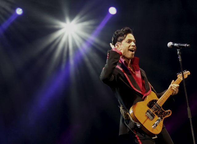 Τέλος και τα τραγούδια του Prince από τις συγκεντρώσεις του Τραμπ   tovima.gr