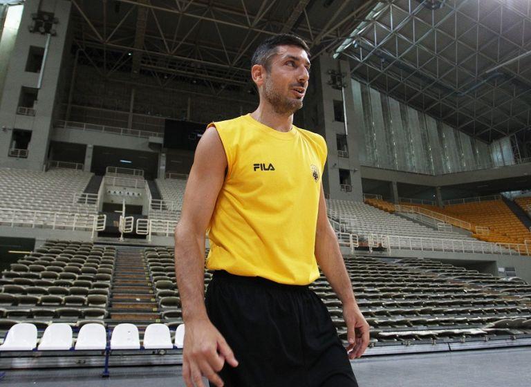 Ξανθόπουλος : «Πολύ ωραίος τύπος ο Μπάνκι»   tovima.gr