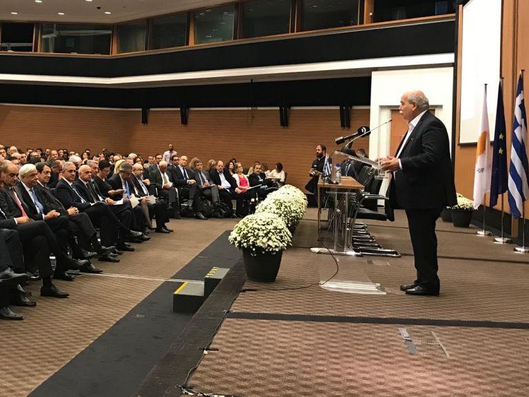 Ν. Βούτσης: Κίνδυνος για την Δημοκρατία η πολιτική κουλτούρα πόλωσης | tovima.gr