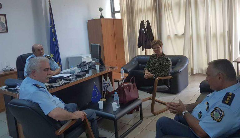 EΔΕ για την επίθεση στο ΑΤ Ομονοίας | tovima.gr