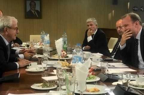 Συνάντηση της Ένωσης Ελλήνων Εφοπλιστών με την Ένωση Δανών Εφοπλιστών | tovima.gr
