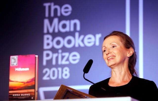 Στην Άννα Μπερνς το Βραβείο Booker 2018 | tovima.gr