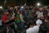 Ινδία: Τραγωδία με 50 νεκρούς σε γιορτή ινδουιστών που παρασύρθηκαν από τρένο