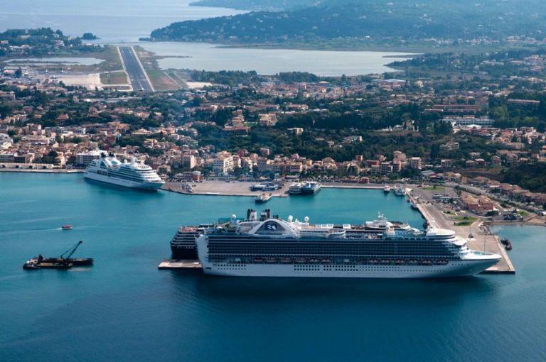 Kινητοποιήσεις εργαζομένων σε 10 περιφερειακά λιμάνια | tovima.gr