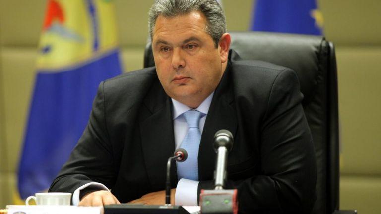 Επιλεκτική διαρροή αποσπασμάτων της επιστολής παραίτησης Κοτζιά – Εκθετος ο Καμμένος | tovima.gr