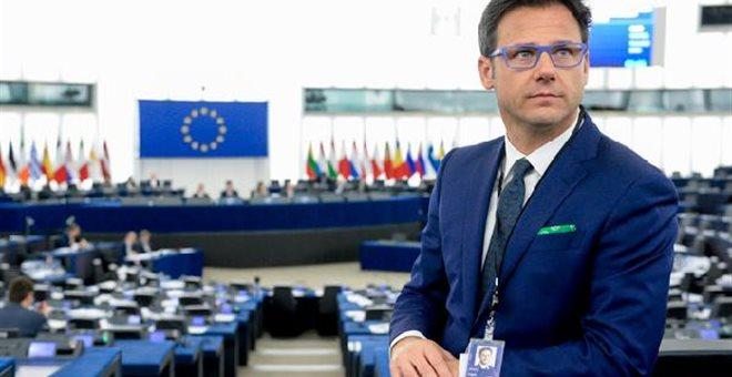 Ακροδεξιός ιταλός ευρωβουλευτής: Πάτησε τις σημειώσεις του Μοσκοβισί | tovima.gr