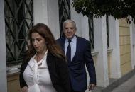 Ολοκληρώθηκε η απολογία του Γ. Παπαντωνίου, ξεκινάει η απολογία της συζύγου του
