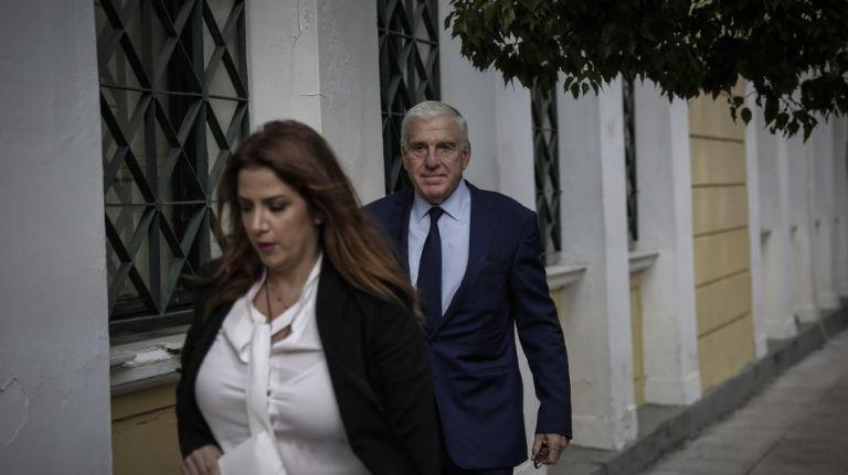 Απολογείται η σύζυγος Παπαντωνίου – Για την προφυλάκιση ή μη τους ζεύγους θα αποφανθούν οι ανακριτές   tovima.gr