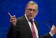Ρέγκλινγκ: Δεν υπάρχει δημοσιονομικός χώρος για να μην εφαρμοστούν τελείως οι περικοπές στις συντάξεις