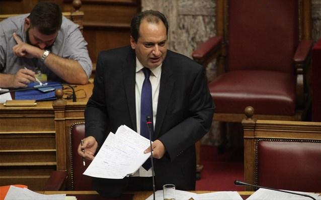 Εντονη αντιπαράθεση Σπίρτζη – Μανιάτη στο Κοινοβούλιο | tovima.gr