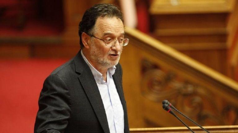 Λαφαζάνης: «Χρήσιμη ηλίθια» για τις ΗΠΑ η κυβέρνηση   tovima.gr
